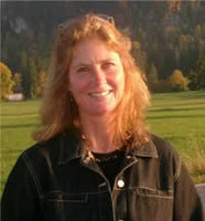 Research Ecologist Bridges the Eastern Threat Center and Northern Research Station